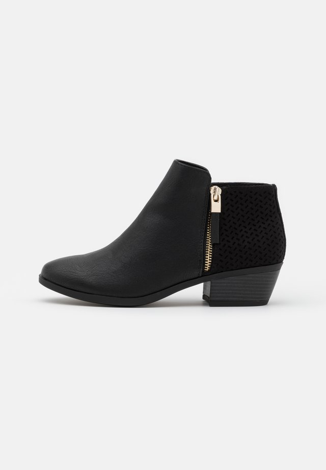 MITRARIA - Ankle boots - black