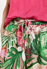 Gerry Weber - Trousers - pink/grün - 2