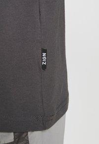 Zign - Top - grey - 4