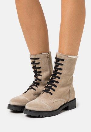 LEATHER - Šněrovací kotníkové boty - beige