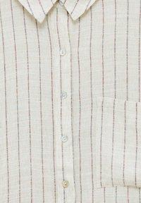 PULL&BEAR - Button-down blouse - mottled beige - 6