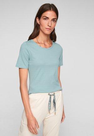 Basic T-shirt - light green