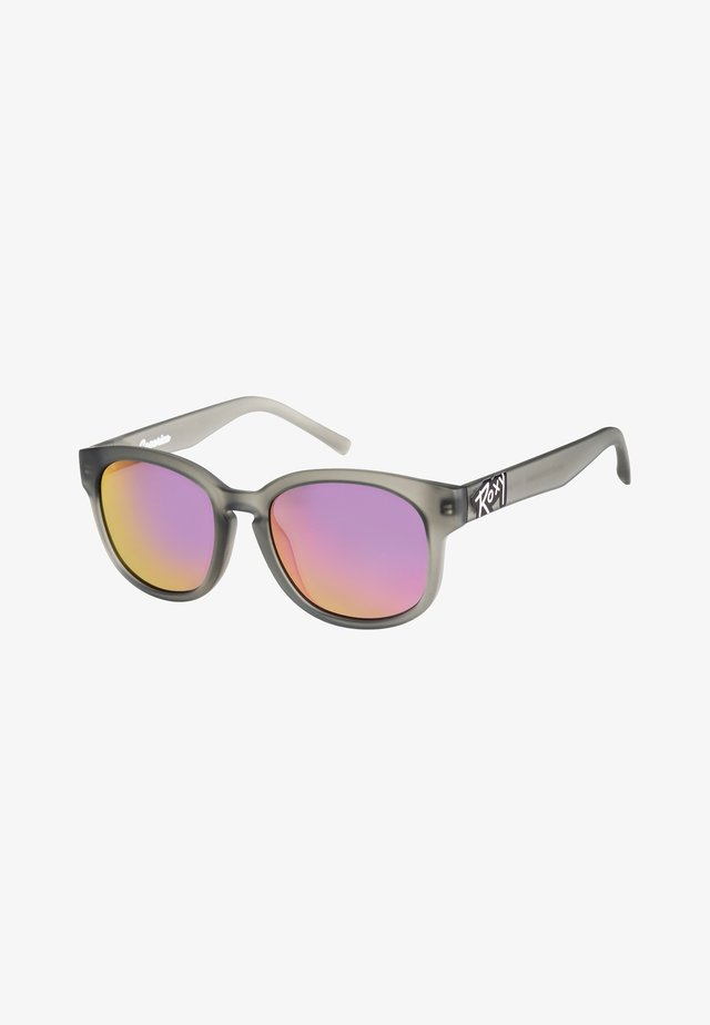 CAPARICA - Sunglasses - matte crystal pink/ grey
