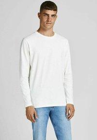 Jack & Jones - BASIC - Long sleeved top - blanc de blanc - 0