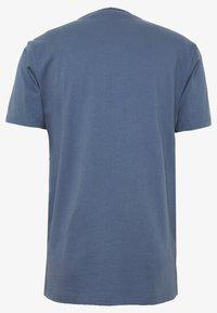 Urban Classics - INKA PATTERN TEE - Print T-shirt - vintage blue - 1