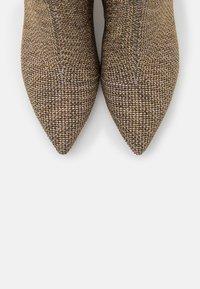 Kurt Geiger London - BURLINGTON - Ankle boots - beige - 6
