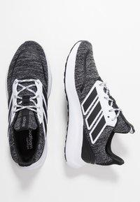 adidas Performance - ENERGYFALCON CLOUDFOAM RUNNING SHOES - Neutrale løbesko - core black/footwear white - 1
