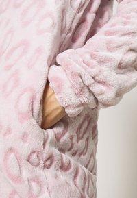 Loungeable - LEOPARD LUXURY - Pyjamas - pink - 3