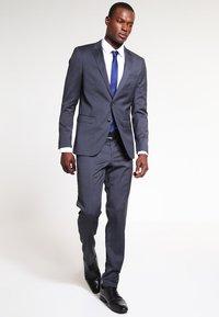 Seidensticker - MODERN KENT X SLIM - Zakelijk overhemd - weiss - 1