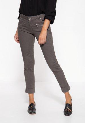 LOLA - Slim fit jeans - grau