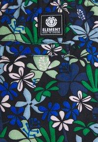 Element - CHILLIN SHORT - Shorts - green - 2
