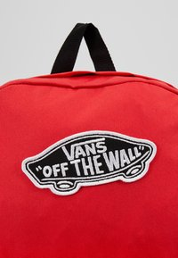 Vans - REALM BACKPACK - Reppu - poppy red - 6