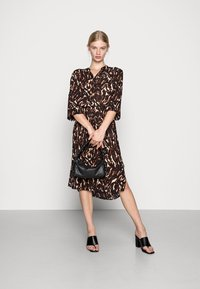 Soaked in Luxury - ZAYA DRESS - Day dress - dark tricolore - 1