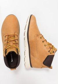 Timberland - KILLINGTON CHUKKA - Lace-up ankle boots - wheat - 0