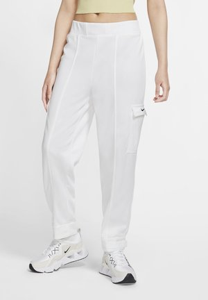 W NSW SWSH - Trousers - white/black
