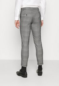 Lindbergh - DOUBLE BREASTED CHECK SUIT - Suit - brown - 5