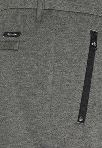 Calvin Klein - COMFORT PANT - Kalhoty - grey - 2