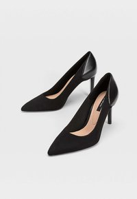 Stradivarius - Højhælede pumps - black - 3