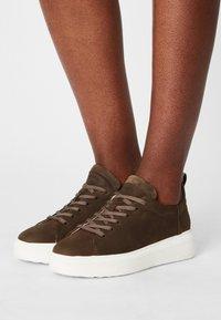 Tamaris GreenStep - Sneakers laag - moss - 0