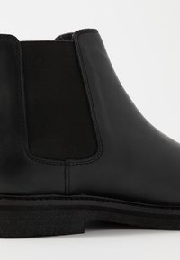 Walk London - SLICK CHELSEA - Classic ankle boots - black - 5