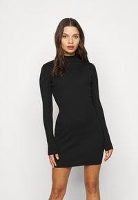 Missguided Petite - HIGH NECK MINI DRESS - Shift dress - black - 0