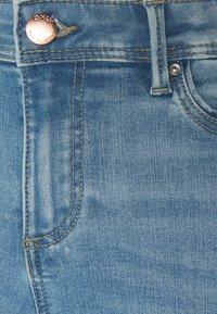 ONLY - ONLWAUW LIFE - Jeans Skinny Fit - light medium blue denim - 2