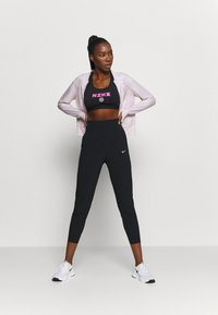 Nike Performance - BAND BRA - Sport BH - black/hyper pink/pink foam - 1