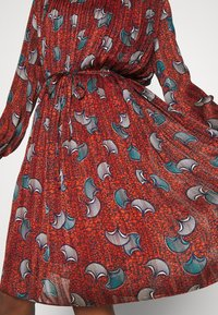 Molly Bracken - LADIES WOVEN DRESS PREMIUM - Day dress - batik rust - 5