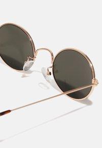 Pier One - UNISEX - Sunglasses - goldfarben - 2