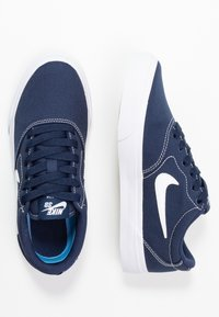 Nike SB - CHARGE - Sneakers laag - midnight navy/white - 0