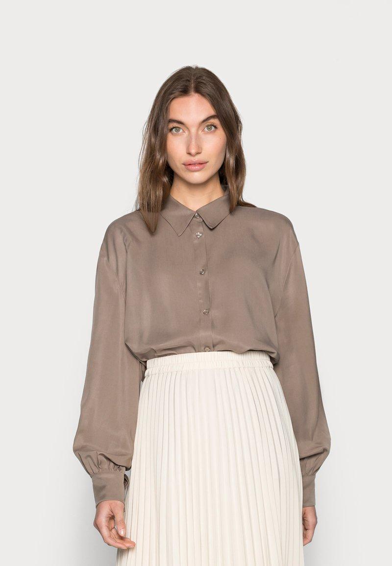 Lounge Nine - BOP - Button-down blouse - brindle
