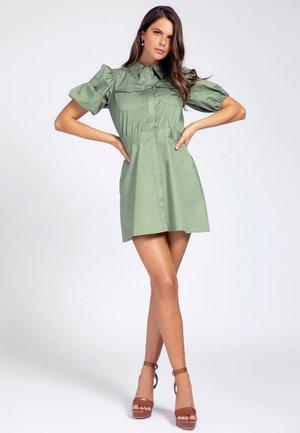 Robe chemise - olive