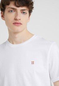 Les Deux - NØRREGAARD - T-shirts basic - white - 4