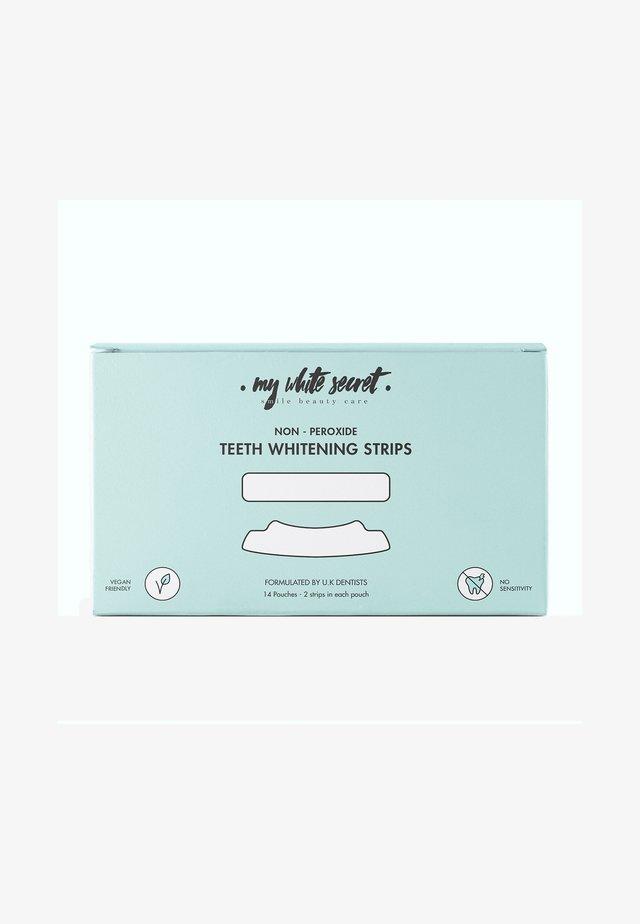 TEETH WHITENING STRIPS X 14 - Tandverzorging - -