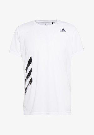 OWN THE RUN 3STRIPES SHORT SLEEVE TEE - T-shirt z nadrukiem - white