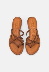 Musse & Cloud - KEOP - Sandály s odděleným palcem - brown - 5