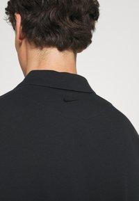Nike Sportswear - THE SLIM  - Polo shirt - black - 4