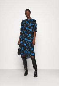 Lindex - DRESS MYNTA - Sukienka letnia - black - 1
