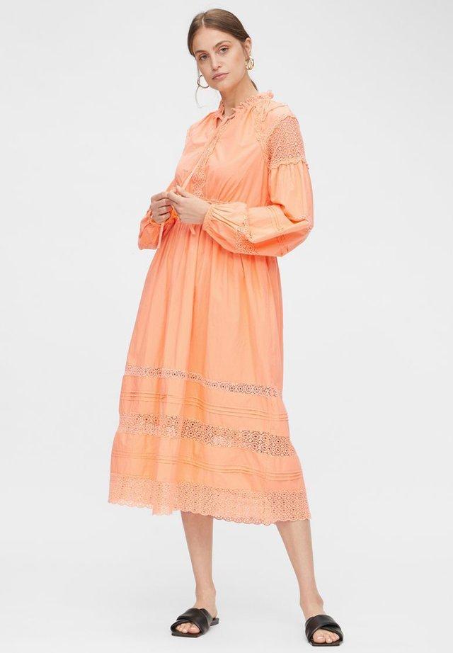 YASCANTALINA - Day dress - cantaloupe