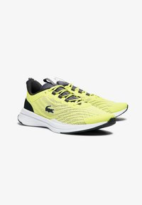 Lacoste - Baskets basses - yellow - 1