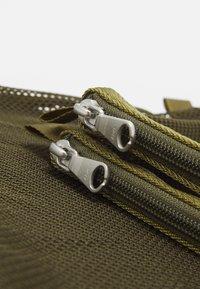 ARKET - SET UNISEX 3 PACK - Wash bag - green - 4