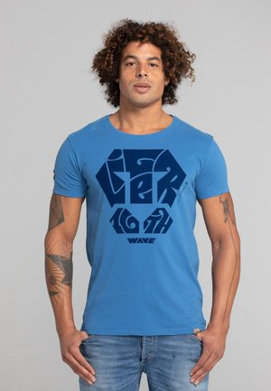 LIMITED TO 360 PIECES - MOKER - PATCH - Print T-shirt - blue