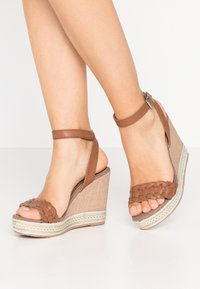 Anna Field - High heeled sandals - cognac - 0