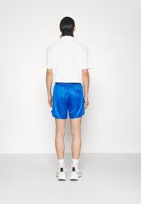 Han Kjøbenhavn - FOOTBALL - Shorts - bright blue - 2