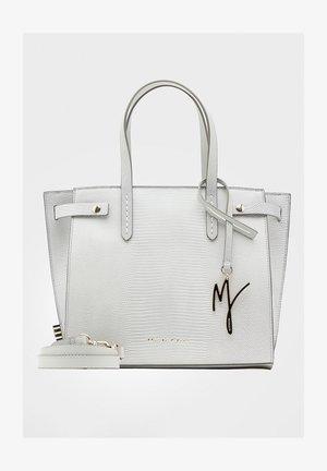Handbag - ghiaccio