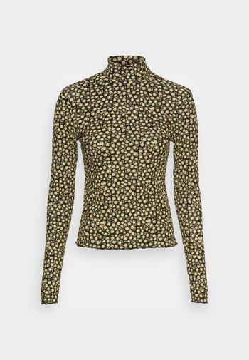 VILHELMINA - Maglietta a manica lunga - light yellow