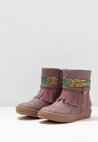Friboo - Kotníkové boty - mauve - 3