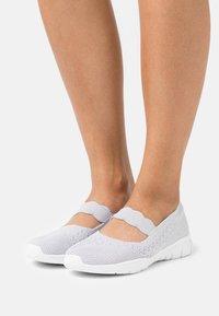 Skechers - SEAGER - Ankle strap ballet pumps - light grey - 0