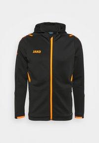 CHALLENGE MIT KAPUZE - Training jacket - schwarz/neonorange