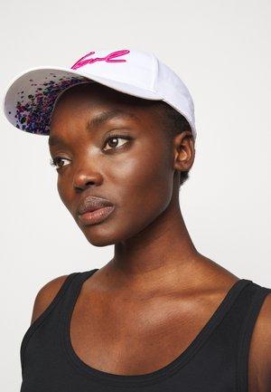 SIGNATURE CAP VISOR PRINT - Cap - white/multi